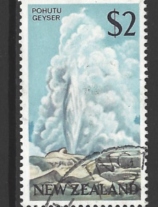 SG 879. New Zealand Stamps
